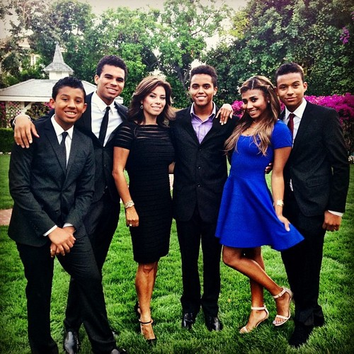 Jaafar Jackson with his siblings and his mom at Taj Jackson's wedding 2013 ♥♥