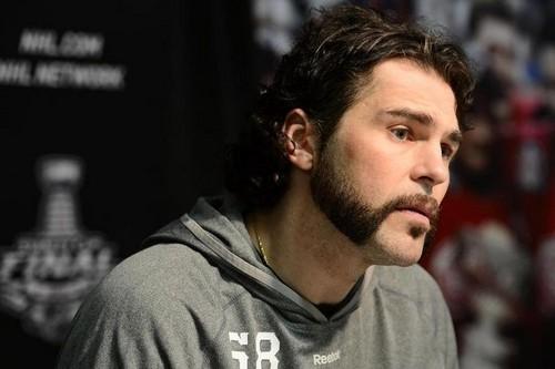 Jagr : Good hair ,bad beard..
