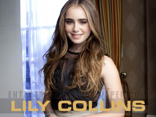 Lily Collins 壁纸