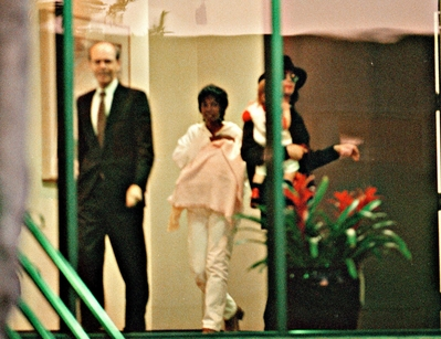 Michael With Former Nanny, Grace Rawamba And Two Children, Prince And Paris