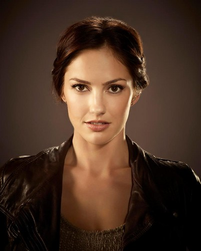 Almost Human 바탕화면 possibly with a portrait called Minka Kelly as Valerie Stahl