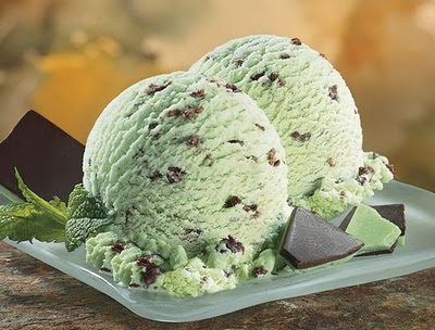 Mint chocolate Chips helado