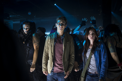 """New """"The Mortal Instruments: City of Bones"""" Movie Stills [Lily as Clary Fray]"""