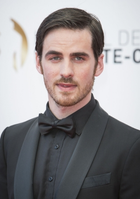 Colin O'Donoghue wallpaper possibly containing a business suit and a suit called aleatório