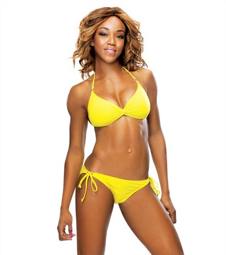 The Divas of Summer: Alicia लोमड़ी, फॉक्स