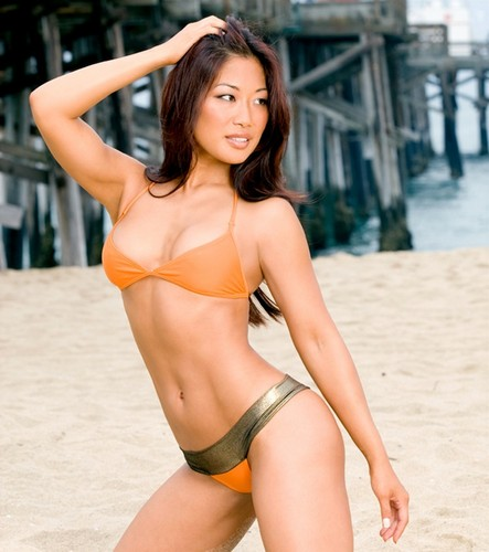 The Divas of Summer: Lena Yada
