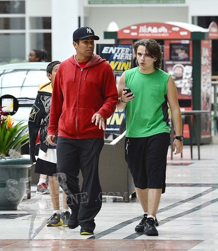 Tito Jr (TJ) and his cousin Prince Jackson 2013 ♥♥