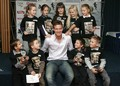 Tomas Berdych and children - tennis photo