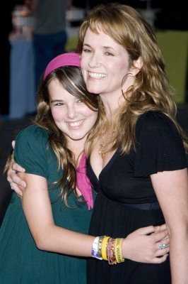Zoey Deutch and family 2007