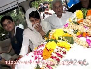 priyanka father funeral