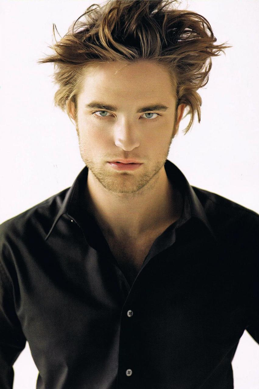 Twihard Central Robert Pattinson