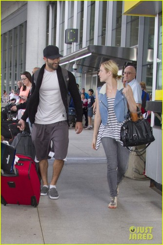Tyler Hoechlin wallpaper called ° Tyler Hoechlin ♥ Brittany Snow °