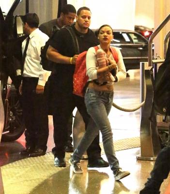 06.29.2013 Justin Arriving At His Hotel In Las Vegas
