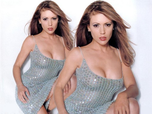 Alyssa Milano wallpaper entitled Alyssa Milano Wallpaper