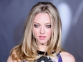 Amanda Seyfried wallpaper