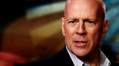 Bruce Willis wallpaper containing a business suit and a suit titled Bruce
