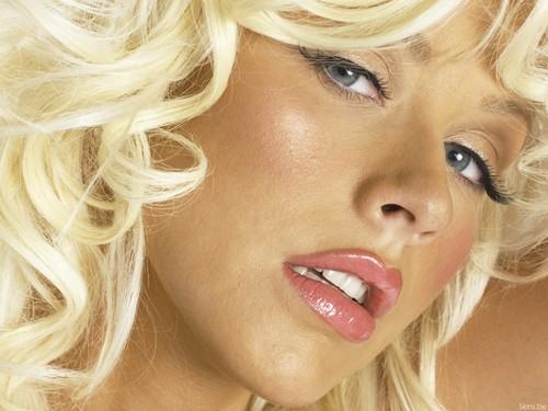 Christina Aguilera wolpeyper