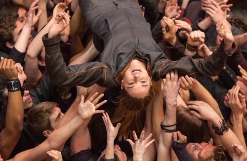 Divergent Movie Stills {+ BTS Photo} - HQ/Untagged