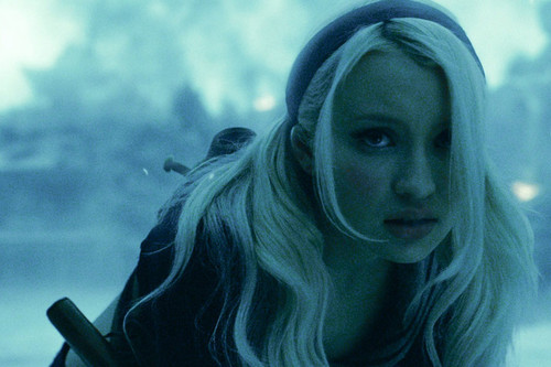 Emily Browning wallpaper entitled Emily Browning