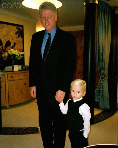 Prince Michael Jackson wallpaper with a business suit, a suit, and a three piece suit called Ex President Bill Clinton and Prince Jackson ♥♥