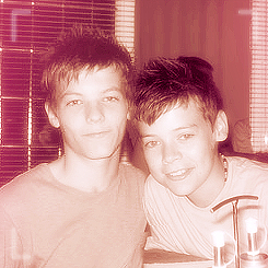 Louis Tomlinson wallpaper called Fetus Lou :)
