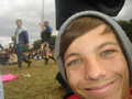 Fetus Lou :)  - louis-tomlinson photo