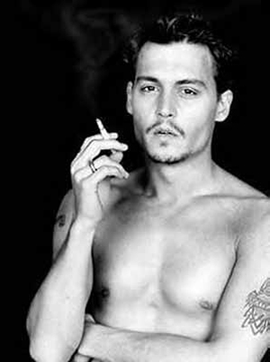 Johnny Depp wallpaper with a hunk and skin entitled Johnny Depp sexy  ♥