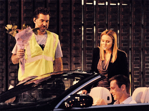 Kristen glocke and Jason Dohring, filming the Veronica Mars Movie (June 17)