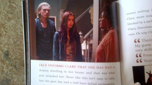 Low Quality immagini from the Shadowhunters Guide (on sale July 9th 2013)