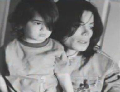 Michael Jackson and his son Blanket Jackson ♥♥ (Never seen before)