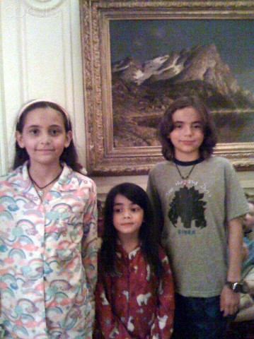 Blanket Jackson پیپر وال called Michael Jackson's kids Paris Jackson, Blanket Jackson and Prince Jackson ♥♥