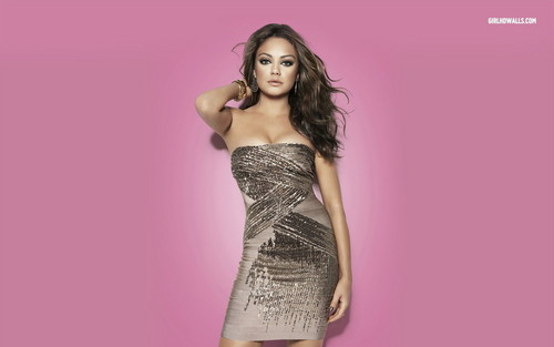 Mila Kunis achtergrond probably with a cocktail dress and a avondeten, diner dress titled Mila