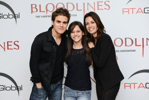 Paul and Torrey with fãs in Brasil