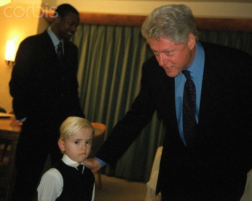 Bill Clinton fondo de pantalla containing a business suit, a suit, and a three piece suit titled Prince Jackson and Ex President Bill Clinton ♥♥