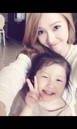 Sicababy with a lucky kid fan <333333~