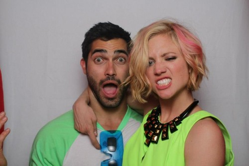 Tyler Hoechlin achtergrond probably with a portrait called Tyler Hoechlin AND Brittany Snow