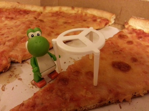 Yoshi with pizza