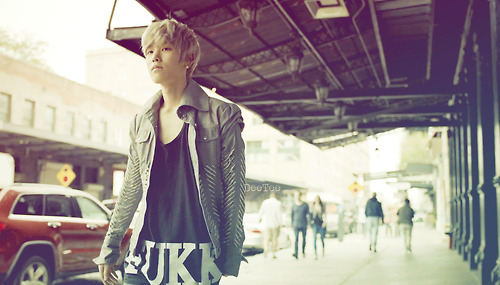 Zelo fond d'écran containing a street, a box coat, and an outerwear titled Zelo ~ COFFEE boutique MV