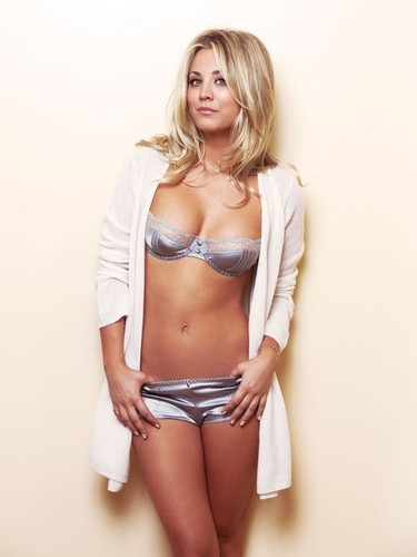 Kaley Cuoco wallpaper probably containing a brassiere, a lingerie, and an underwear titled  Kaley <3