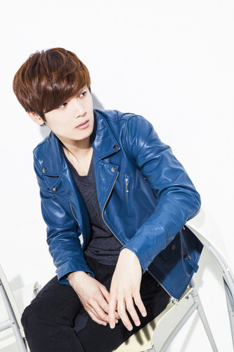 Kang Min Hyuk দেওয়ালপত্র possibly with a well dressed person, an outerwear, and a hip boot titled ♦ Minhyuk ♦