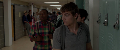 Dave Franco 壁紙 probably with a sign and a revolving door titled 21 Jump 通り, ストリート (2012)