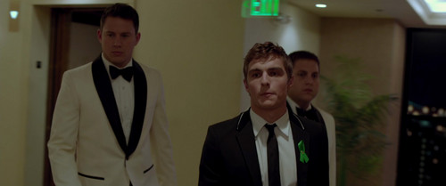 Dave Franco wallpaper with a business suit, a suit, and a three piece suit called 21 Jump Street (2012)
