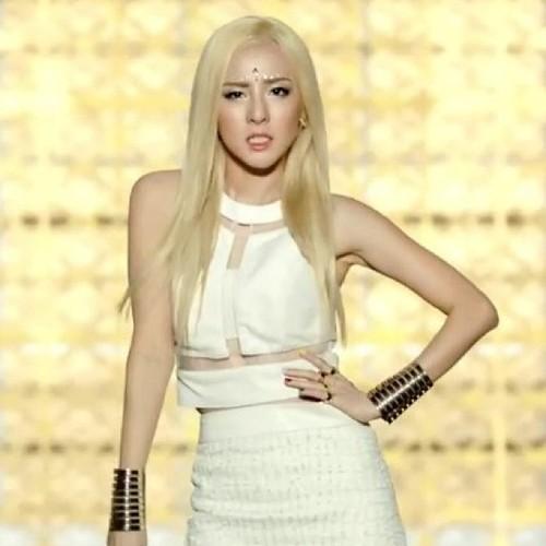 画像 : 【美人!可愛い!カッコいい!】2NE1、ダラの画像まとめ【925枚】 - NAVER まとめ Dara Falling In Love Nails