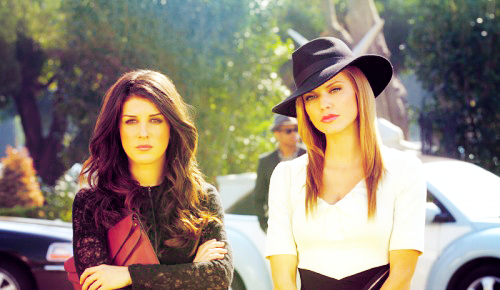 Annie x Naomi