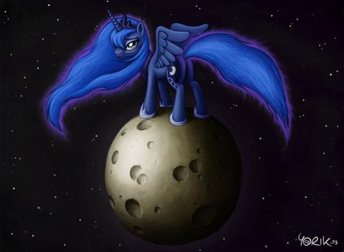 Awesome Luna pics