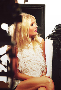 Behind the Scenes of Gwyneth's Max Factor Shoots