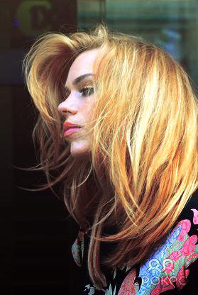 Billie Piper! :D