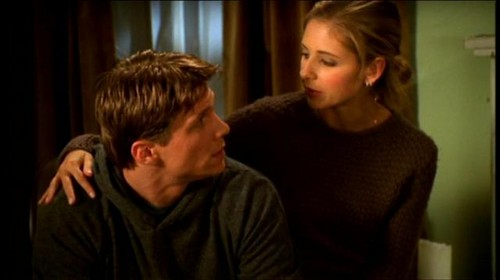 Buffy & Riley Screencaps