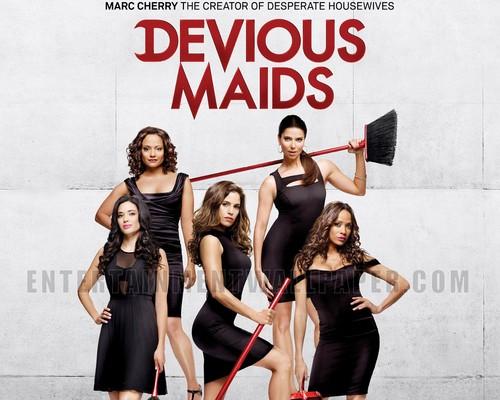 Devious Maids Обои