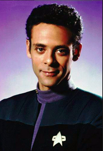 nyota Trek: Deep Space Nine karatasi la kupamba ukuta probably containing a jersey called Dr. Bashir-Mysterious Smile